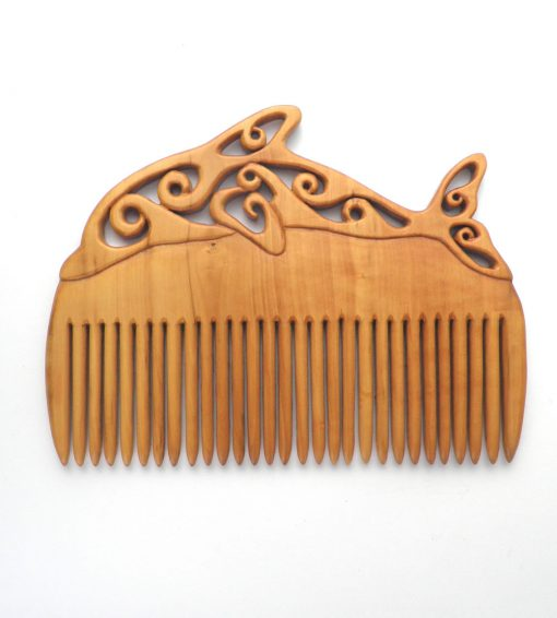 Dolphin comb in box wood