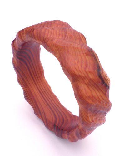 Bangle in yew - tooled finish.