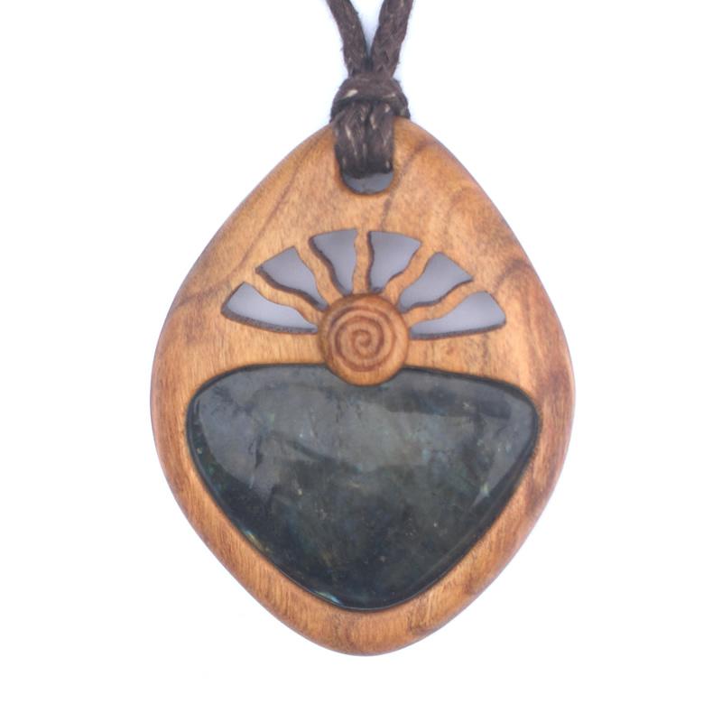 spiral-sun-pendant-cherry-labradorite