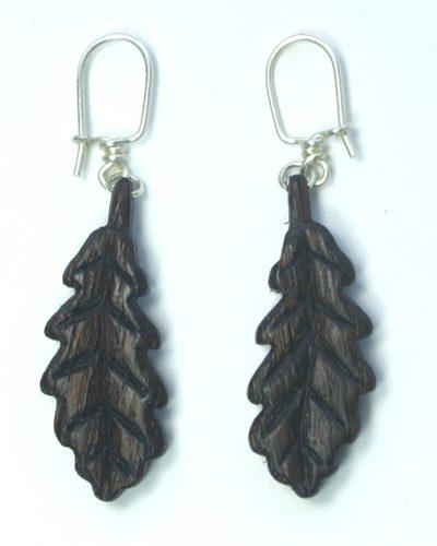 oak-leaf-earrings-in-bog-oak-on-hooks