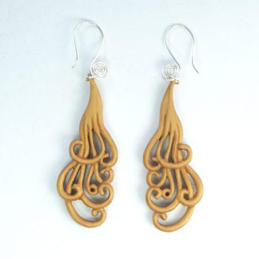 small curling locks earrings in box